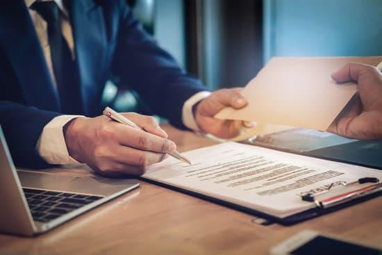 Hướng dẫn thành lập công ty có thuận lợi hơn cơ sở sản xuất kinh doanh?